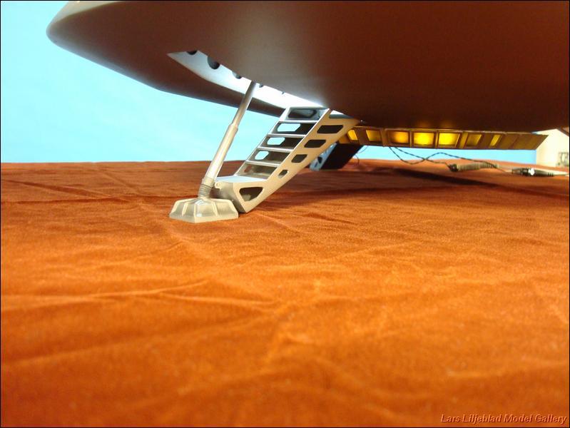 a spaceship landing on jupiter - photo #21