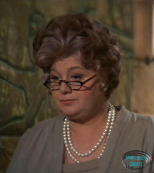 shelley winters poseidon adventure