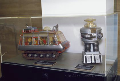 Model of the Chariot and Robot